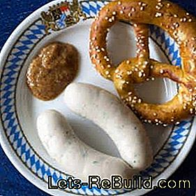 Oktoberfest food: recipes for Bavarian white sausage, pretzels and cheese noodles: recipes