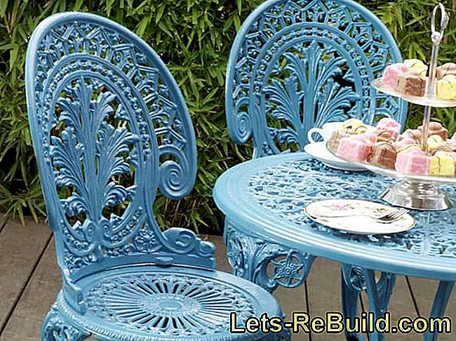 Paint and restore old metal garden furniture: metal