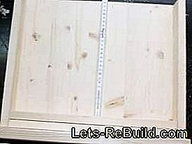 Build window frame as a wall decoration yourself: build