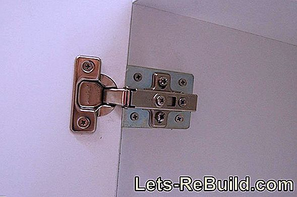 Repair a door hinge