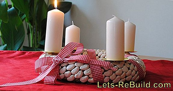 Carrying An Advent Wreath » This Way It Stays Fresh Longer