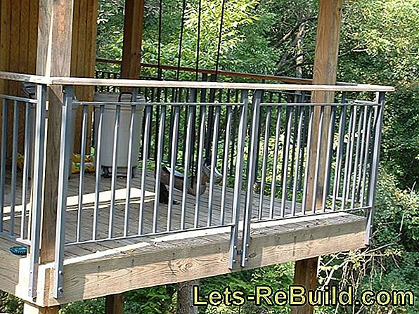 Installing Balcony Railing » Helpful Tips & Tricks