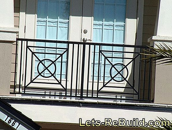 Balcony railing: Which material is suitable?