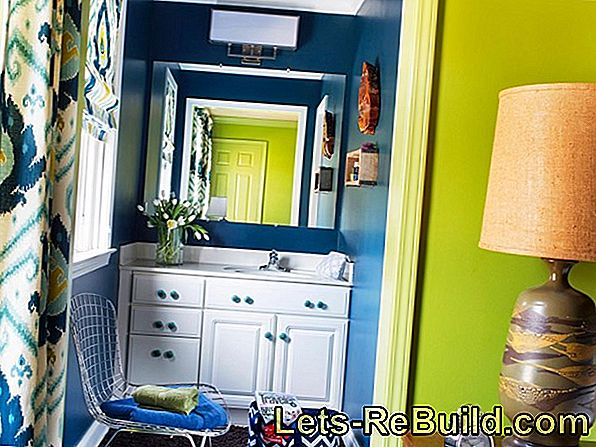 Painting A Bathroom Ceiling » A 4-Step Guide