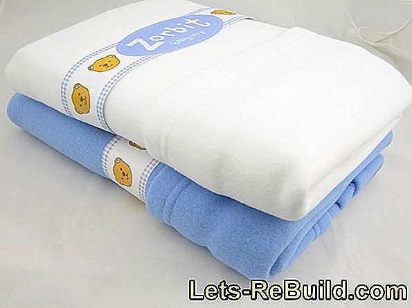 Fitted sheets for prams: sizes & care instructions