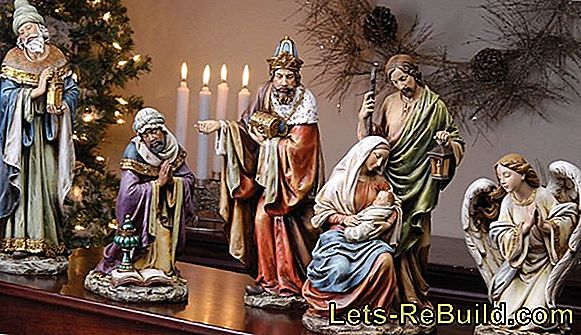 Holy three kings: crafting to the star singing