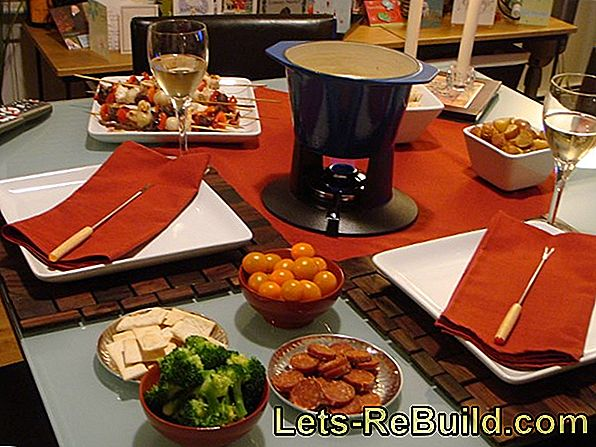 Meat Fondue - Recipes for the New Year's Eve fondue