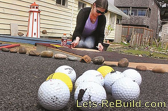 Build miniature golf course itself