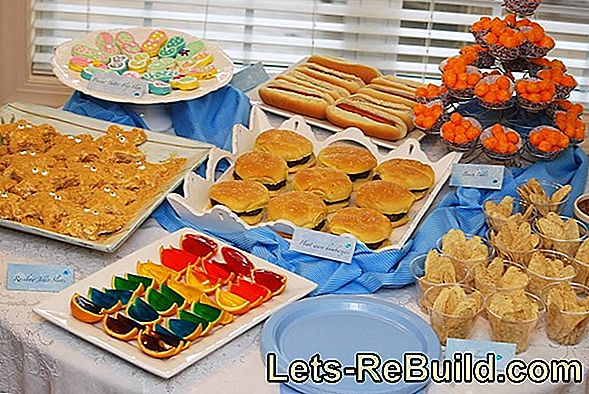 Halloween Snacks - Recipes for the Halloween Buffet