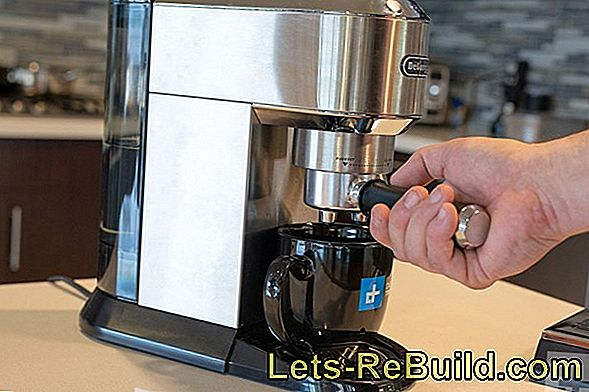 Brew Coffee In The Coffee Maker » Tips & Tricks