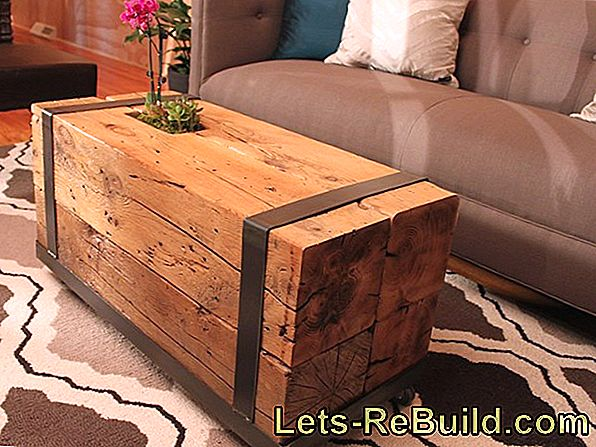 Two ways to upcycling a coffee table
