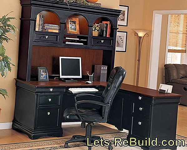 Decorating A Desk » Creative Ideas