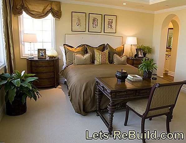 The Desk In The Bedroom » Solution Ideas