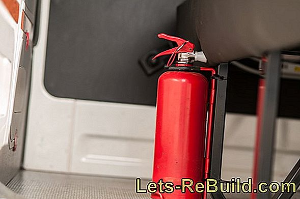 Which Extinguisher Is Better » Fire Or Foam?