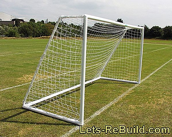 Foundation for goal posts