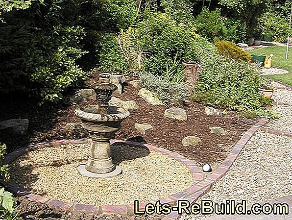 Cleaning The Garden Fountain » Instructions In 4 Steps