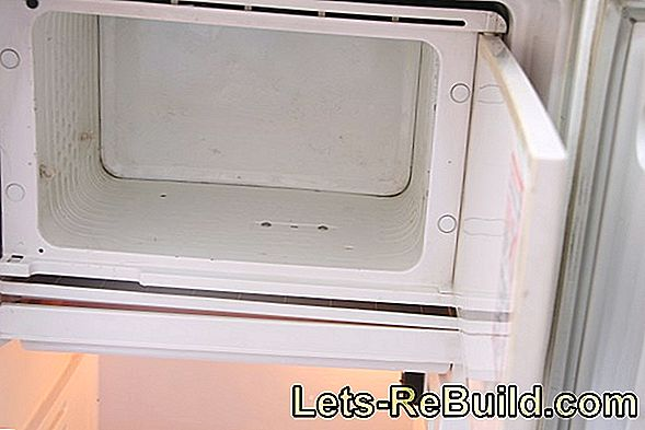 Defrost the freezer quickly - done in no time