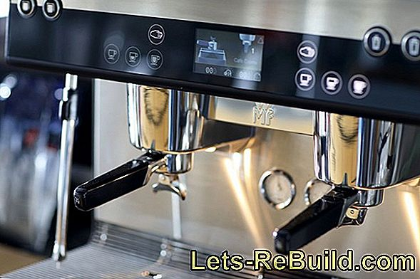 Fully automatic coffee machine: Set the grinding degree