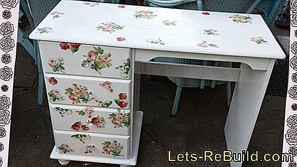 Vintage Furniture - Make Shabby Chic Cabinet Yourself