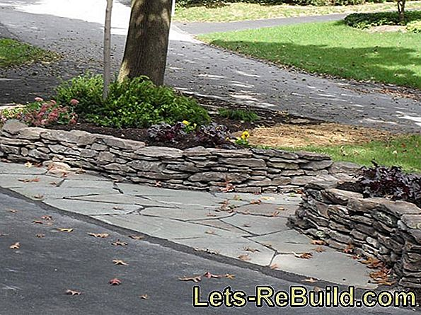 Natural Stone Wall In The Garden » Building Instructions In 4 Steps