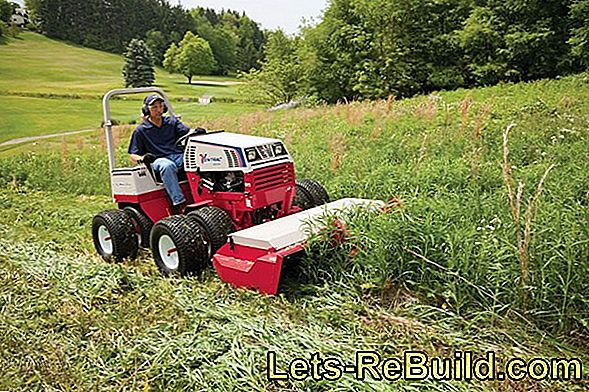 Front mower for rough work in the field