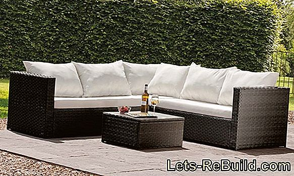 Polyrattan garden furniture