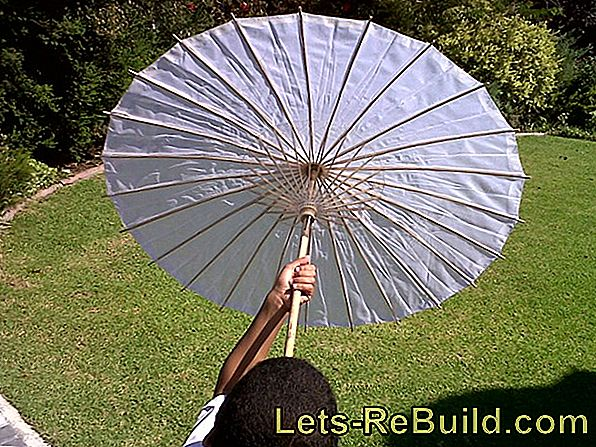 Parasols And Parasol Stands: Mobile Umbrella Stand For The Parasol