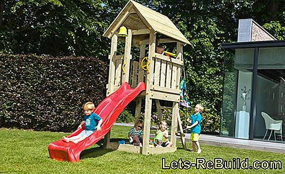 Climbing frame / climbing tower / play tower in the garden