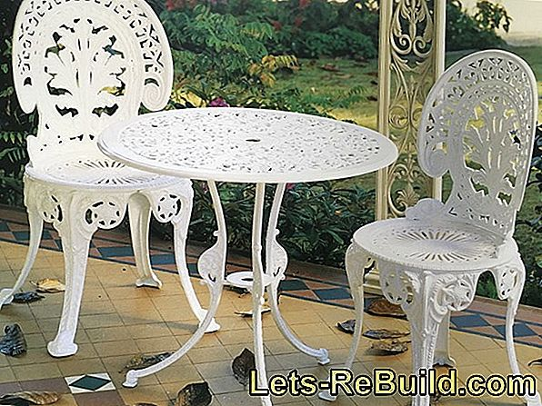 Nostalgia in the garden: restoring metal garden furniture