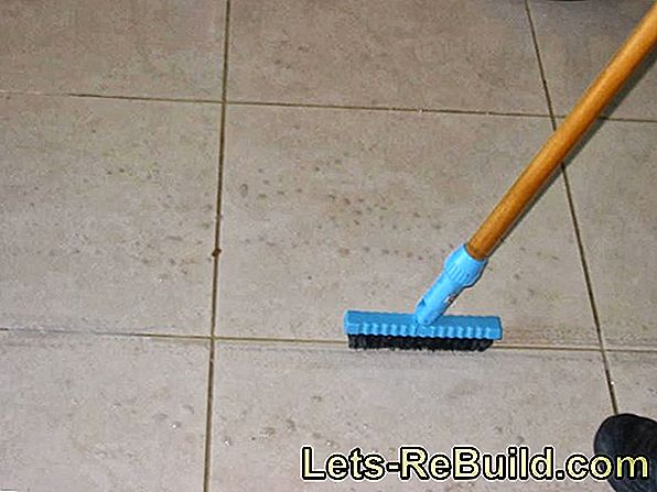 Remove Grease Stains On Tiles » Instructions In 3 Steps