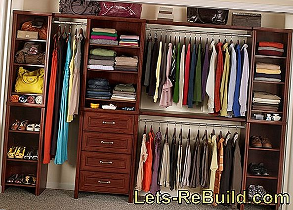 Build wardrobe with or without storage space yourself