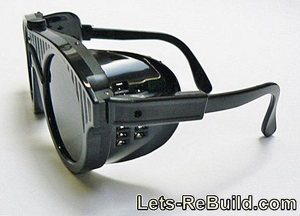 Safety Glasses - Eye Protection With Goggles For Diy And Craftsmen