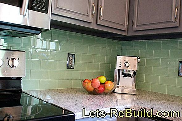Kitchen Back Wall Instead Of Tiles » The Advantages
