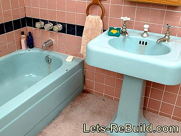 Paint The Bathtub - Step By Step!