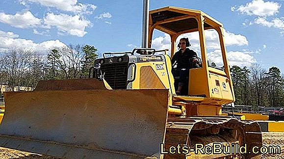 Operating mini excavators - that's how it works