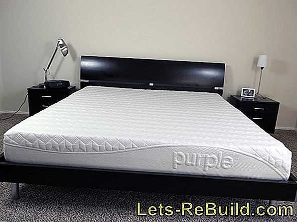 Mattresses that have similar characteristics as a waterbed