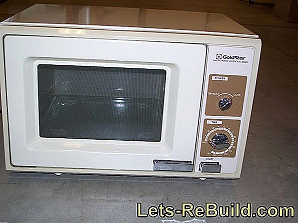 Microwave - what temperature actually arises?