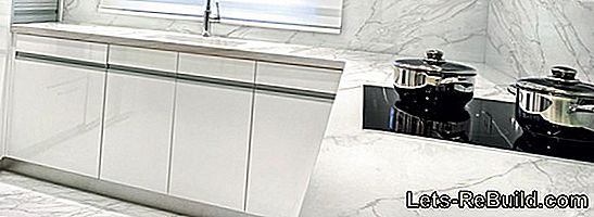 Kitchen Worktop Made Of Granite, Ceramic, Glass Or Wood - These Variants Are Available