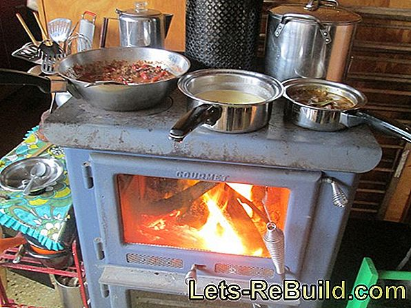 Heat Wood Stove Properly » Instructions In 4 Steps
