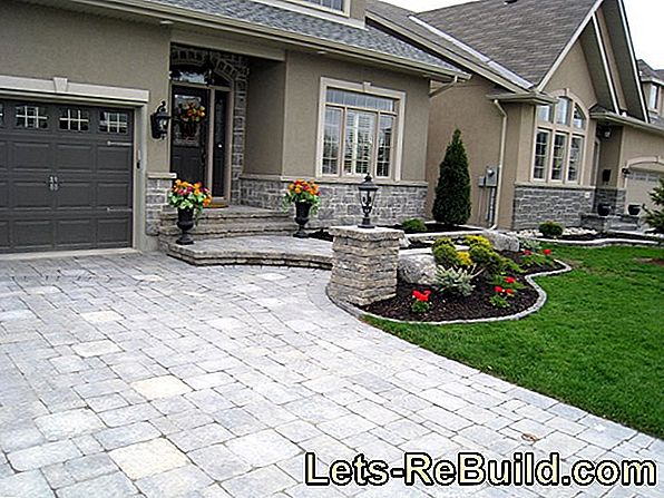 Pave a courtyard entrance safely and make it beautiful