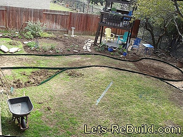 In 4 steps to the finished garden path