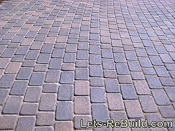 Laying pattern for paving stones