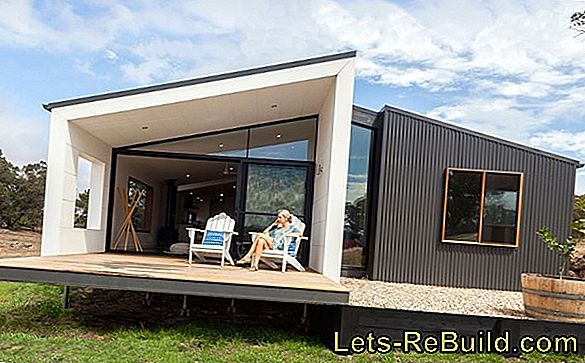 How is a prefabricated house built?