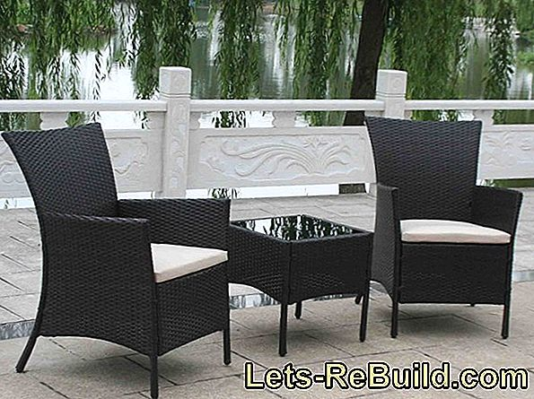 Refreshing wicker furniture - you can do that