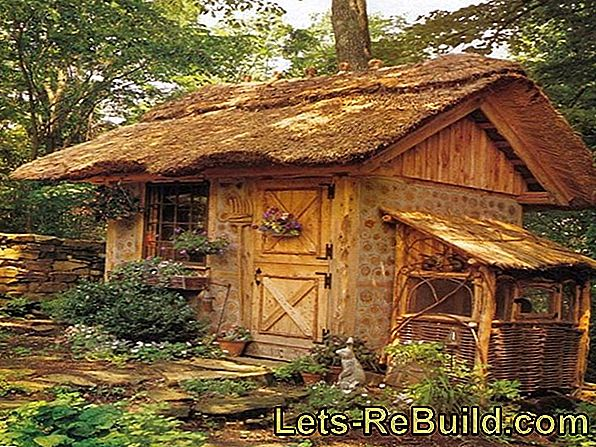 Build a thatched roof house