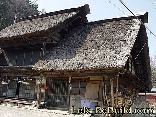 Thatched Roof » The Advantages And Disadvantages Of The Large Overview