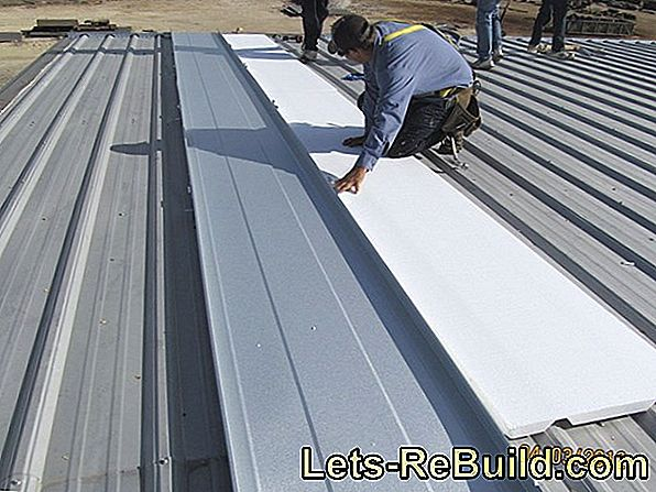 Trapezoidal sheet insulated has a high insulation value