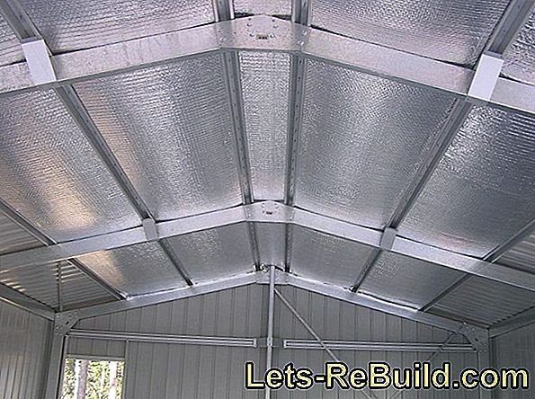 Insulated roof panels insulate temperature and sound