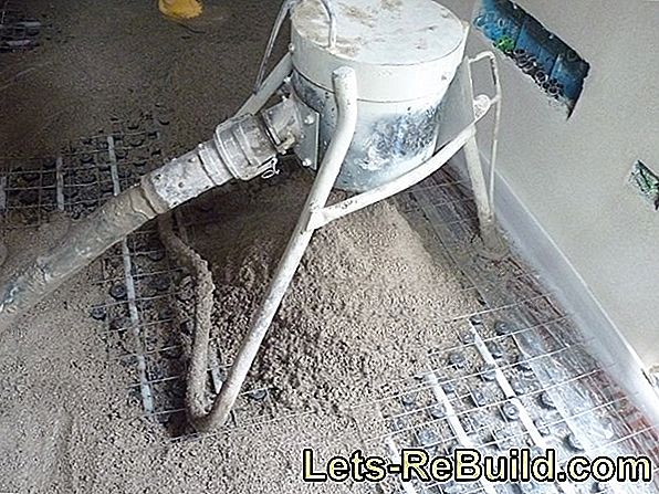 Screed sand is located in the middle price range
