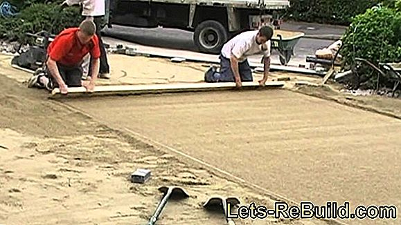 Screed Laying - This Is To Be Observed With Dry Screed